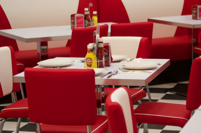 Mobiliario para restaurantes diner americanos despacho for Mobiliario de restaurante