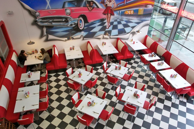 Mobiliario para restaurantes diner americanos despacho for Decoracion estados unidos