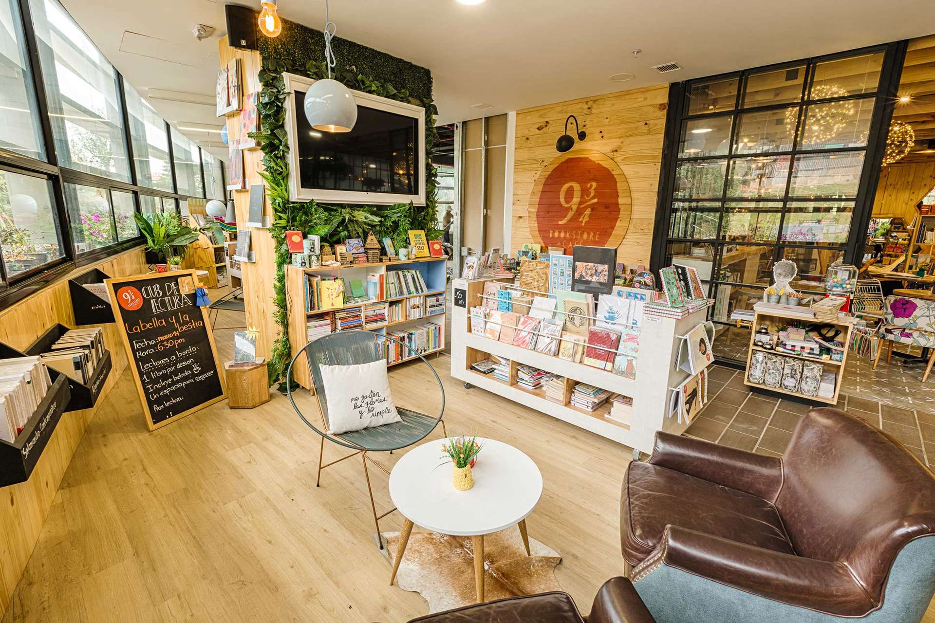 9 34 Bookstore Cafe 3