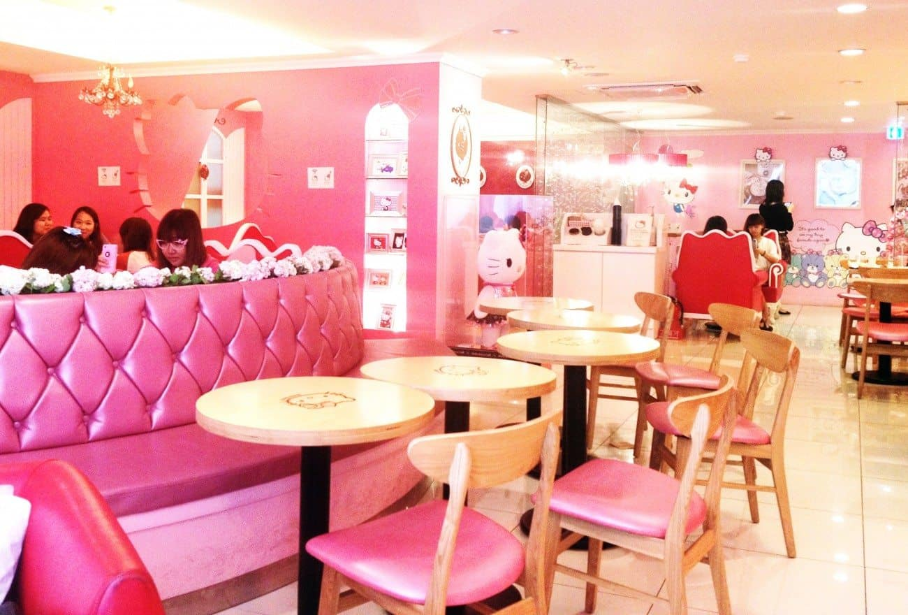 hello kitty cafe (3)